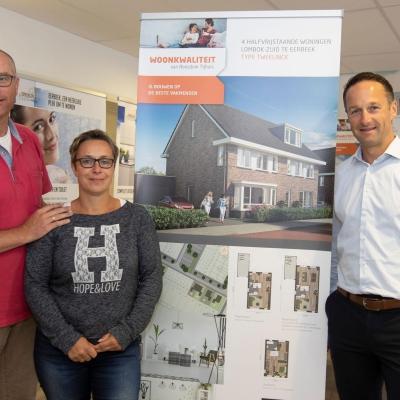 Makelaar Kees Beltman met Renate en Mathijs Fleur