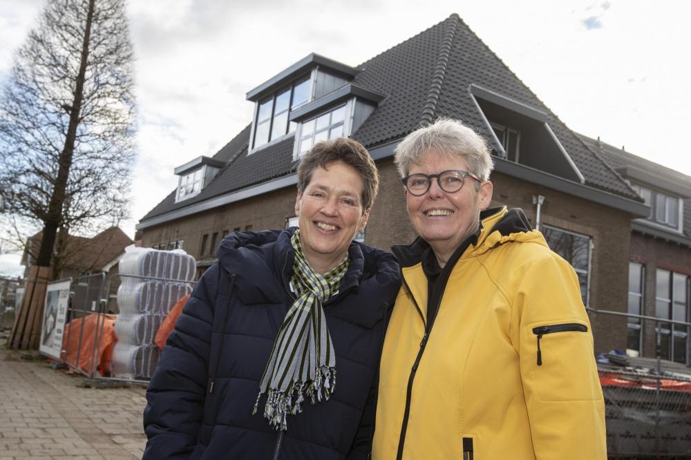 Marijke Theunissen en Elly Petri